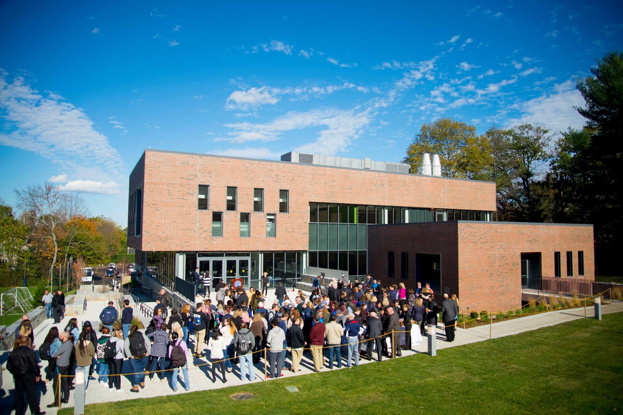 Lasell University – Science & Technology Center