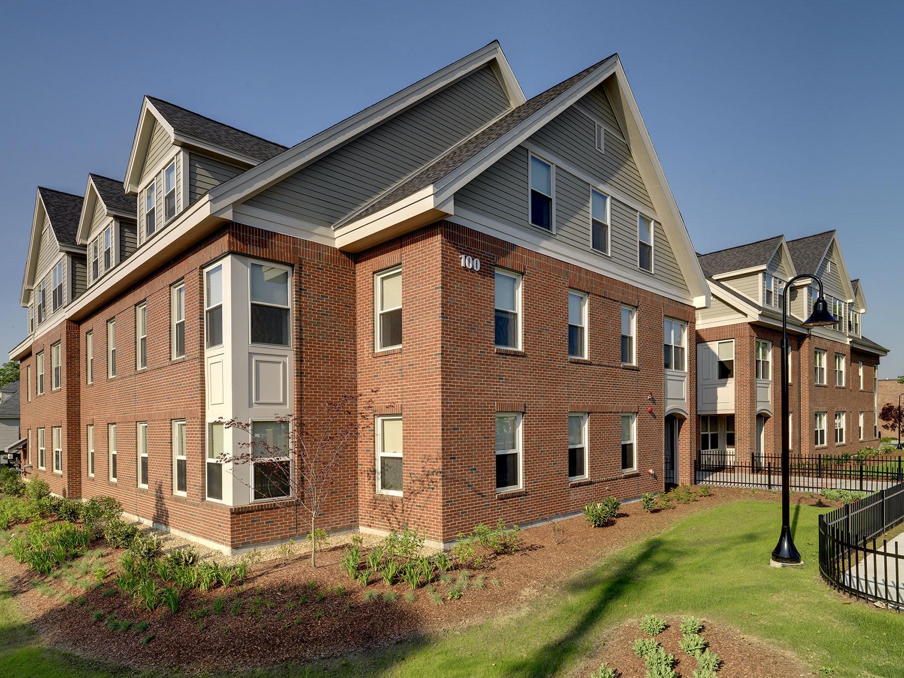 Dean College – Horne Residence Hall